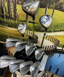Bộ gậy golf Honma Tour World 727